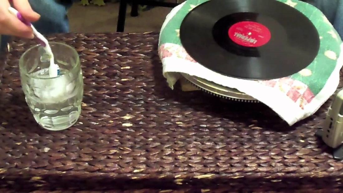How to create a vinyl record and keep it clean